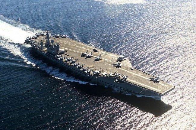 Китайцы придумали, как топить американские авианосцы