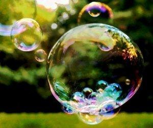 Скоро весь мир лопнет, как мыльный пузырь…