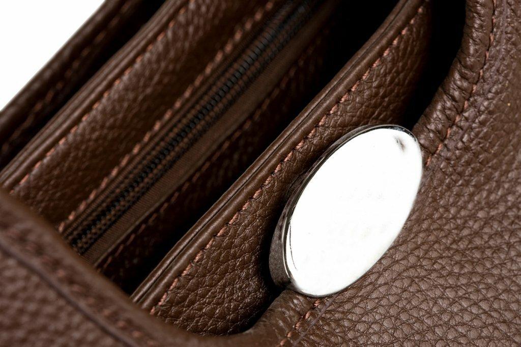 сумки женские кожаные (16 рисунки) Модные джинсы 2012.  Новая коллекция!