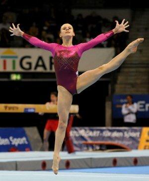 Анна Дементьева - чемпионка Европы по спортивной гимнастике