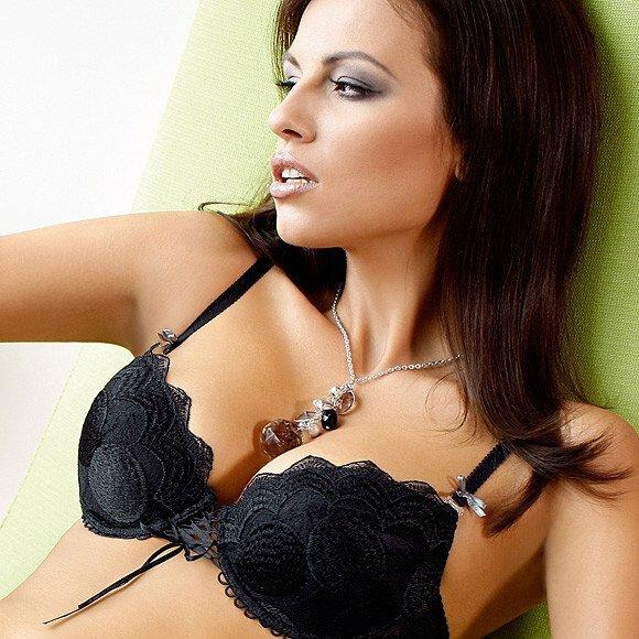 Как увеличит грудь без пластической операции